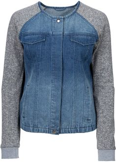 Schöne Kurz-Strickjacke mit Knöpfen Look now: In the material mix on the sleeves and cool breast poc Sewing Clothes, Diy Clothes, Denim Fashion, Fashion Outfits, Mode Jeans, Denim Ideas, Denim Crafts, Recycle Jeans, Clothing Hacks