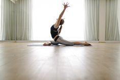 Meditação e roda de cantos no Dia Internacional do Yoga
