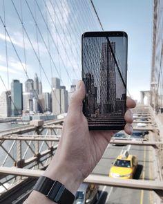 """2,360 Likes, 20 Comments - Samsung Mobile Deutschland (@samsungmobile_de) on Instagram: """"Ein vorerst letzter Gruß aus #NewYork. Das neue #GalaxyS8 mit #InfinityDisplay kam nach dem…"""""""