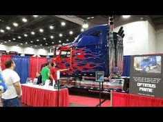 The Only Fan-Built Optimus Prime Replica in the world that is licensed by Hasbro - Cincinnati Comic Expo 2016 - YouTube