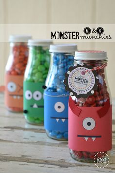 "M & M ""Monster Munchies"" Treat Jar with free printable (through the Idea Room's facebook page) monster face and ""monster munchies"" tag"