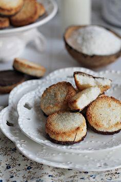 BLOGKONYHA: Kókusz Muffin, Paleo, Baking, Breakfast, Food, Morning Coffee, Bakken, Essen, Muffins