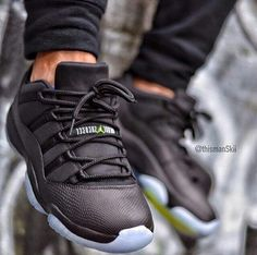 nike shoes outlet Custom Air Jordan 11 Low ´Black Out Snakeskin chcheap nike shoes Nike Huarache, Zapatillas Jordan Retro, Air Jordan 11 Low, Air Jordan Shoes, Jordan Sneakers, Nike Free Shoes, Nike Shoes Outlet, Nike Outfits, Cute Shoes