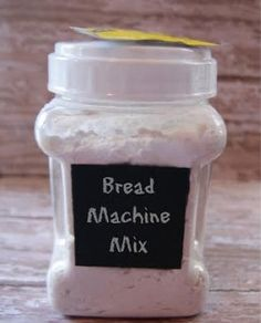 DIY Bread Machine Bread Mix Recipe - I am going to try this for those times I find I ate all the store-bought stuff Cooking Bread, Bread Baking, Quick Bread, How To Make Bread, Bread Machine Mixes, Bread Machines, Ma Baker, Bread Maker Recipes, Bread Starter