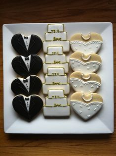 Wedding Cookies cute idea for a shower - these are just heart-shaped cookies!cute idea for a shower - these are just heart-shaped cookies! Iced Cookies, Royal Icing Cookies, Cookies Et Biscuits, Sugar Cookies, Owl Cookies, Wedding Shower Cookies, Wedding Cake Cookies, Bridal Shower, Decorated Wedding Cookies
