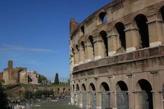 Here are top ten ancient Roman sites to visit in Rome, Italy, and 2 outside the city walls. Visit these Roman sites for an overview of ancient Rome.  #ItalyItinerary