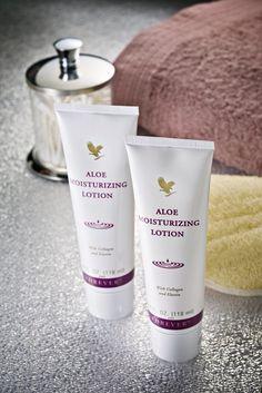 Sol, vind och luftföroreningar tär dagligen på huden. Med Aloe Moisturizing Lotion kan du skydda din hud. Det är en välgörande lotion, baserad på stabiliserad Aloe Vera Gel. www.myaloevera.se/johanbystrom
