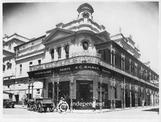 Old Opera House, Cape Town, demolished in 1937 (Cape Times) General Post Office, Old Post Office, Visit South Africa, House Restaurant, Cape Town, Old Houses, Opera House, Old Things, Street View