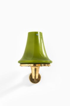 Hans-Agne Jakobsson wall lamps model V-241 at Studio Schalling