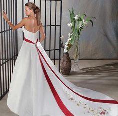 A Line Princess Strapless Chapel train  wedding dress for brides 2010 Style(WDA004