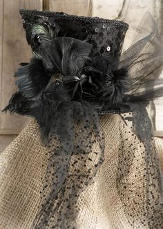 Black Steampunk Top Hat | with Pin-It-Button http://www.save-on-crafts.com/steampunk-top-hat.html