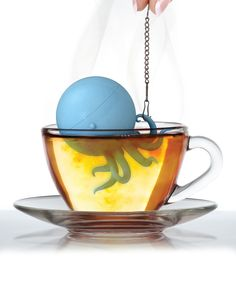 Octapus Infuser - cute little octopus that swims around your cup while it infuses the water with loose-leaf tea inside