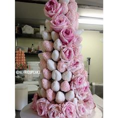 Strawberry Tower. Chocolate Dipped Strawberries. Pink and White. Wedding. Romantic. Pink Roses and Strawberries. Chocolate. Dessert. #VillageIndulgence @Kerricupcake on Instagram