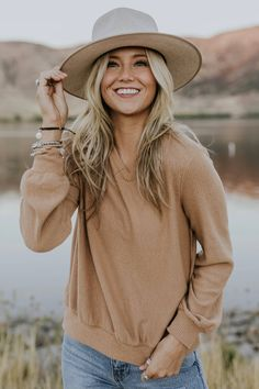 First Things First Outfit Dark Portrait, Modest Fashion, Fashion Outfits, Fashion Trends, Fall Inspiration, Fashion Fotografie, Trendy Outfits, Cute Outfits, Girly Outfits