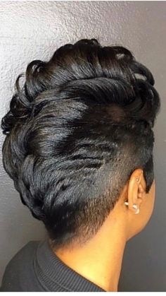 Women's Black Hairstyles: Fabulous Styles – Stylish Hairstyles My Hairstyle, Girl Hairstyles, Black Hairstyles, Curly Mohawk Hairstyles, Amazing Hairstyles, School Hairstyles, Everyday Hairstyles, Short Sassy Hair, Short Hair Cuts
