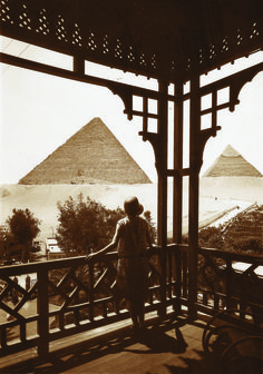 View from Mena House Hotel (Carter Suite) Cairo, Egypt Old Egypt, Cairo Egypt, Ancient Egypt, Ancient History, Photos Du, Old Photos, Le Nil, Modern Egypt, Honeymoon Places