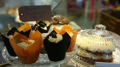 Mango and nut muffins