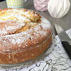 "Gâteau ""Verre de Lait"" Pistachio Torte Recipe, Strawberry Torte Recipe, Cake Mix Cookie Recipes, Dessert Recipes, German Torte Recipe, Chocolate Torte, French Desserts, New Cake, Sweets"