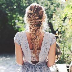 One of the most stylish braid styles is the French Braid style. You can style your french braided hairstyles 3 different ways. Here you will also get step by step video tutorial on how to make French Braid in My Hairstyle, Messy Hairstyles, Pretty Hairstyles, Wedding Hairstyles, School Hairstyles, Hairstyle Ideas, Drawing Hairstyles, Evening Hairstyles, Hairstyle Tutorials