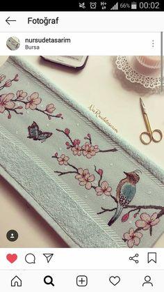 Hand Art, Ribbon Work, Cross Stitch Designs, Coin Purse, Birds, Babies, Moda Masculina, Embroidered Towels, Crochet Stitches