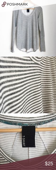 """// A n t h r o p o l o g i e • T e e • Sz L // Anthropologie """"Dolan T-Shirt"""" stripe long sleeve tee with 3/4 sleeves and thumbholes. Soft, comfy top that goes great with leggings or jeans! Anthropologie Tops Tees - Long Sleeve"""