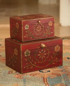Wooden Painted Boxes Set of 2 Más Antique Wooden Boxes, Painted Wooden Boxes, Hand Painted, Wooden Chest, Tole Painting, Painting On Wood, Diy Arts And Crafts, Wood Crafts, Diy Crafts