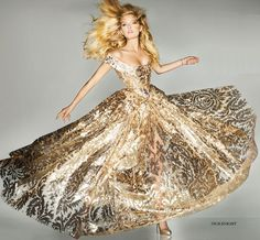 suicideblonde:  Lily Donaldson (in Vivienne Westwood) photographed by Nick Knight for Vogue UK, September 2012