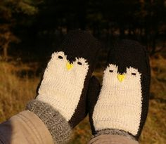 Penguin Mittens By Marianne Lind - Free Knitted Pattern - Sized For XS, S Adult - (ravelry)