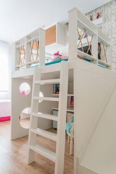 Mezanino com escada e escorrega - Projeto @egginteriores
