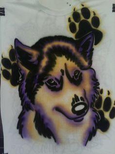 Love this airbrush art on the tshirt - GO HUSKIES!!!