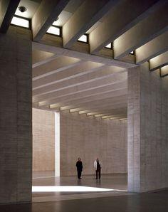 Mansilla+Tuñón - MUSAC auditorium, Leon 2004 (previously). Photos (C) Roland Halbe, Luis Asin.