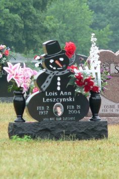 Interesting Headstones>Snowman - you are our sunshine!