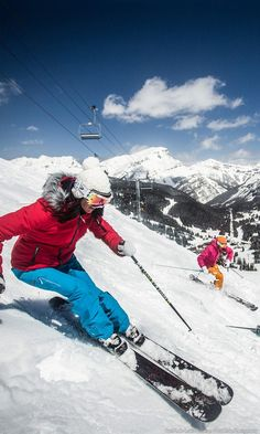 Who is ready for Big Mountain? Stay in touch all the way down the hill with CEECOACH. http://www.ceecoach-us.com/winter-sports/ Sitting at an altitude of 7,082 feet, Sunshine Village is nestled in the heart of Banff National Park and is known for its varied terrain, straddling the Continental Divide.