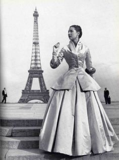 Christian Dior 1947 Corolle Collection