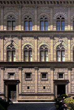 The first palace design displaying the superimposition of the Architectural Orders: Palazzo Rucellai, Florence, Italy; designed by Leon Battista Alberti built under the direction of Alberti (or Roselino), facade probably from Romanesque Architecture, Baroque Architecture, Classic Architecture, Historical Architecture, Architecture Details, Ancient Architecture, Filippo Brunelleschi, Sculpture, Building