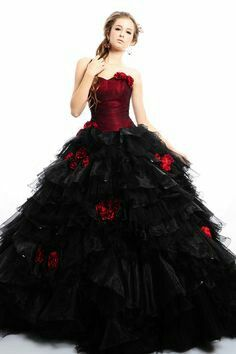 Alternative fashion gothic wedding dresses for your big day.DevilNight offers a wide range of black wedding dresses,red wedding dresses,blue wedding dresses and plus more for your to choose from. Halloween Wedding Dresses, Black Wedding Dresses, Princess Wedding Dresses, Halloween Flowers, Wedding Black, Black Prom, Halloween Weddings, Princess Bridal, Purple Wedding