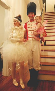 rockstar diaries: on saturday we combined two of my favorite holidays by bringing the nutcracker ballet to our halloween party! Fete Halloween, Family Halloween Costumes, Christmas Costumes, Diy Costumes, Costume Ideas, Nutcracker Christmas, Group Costumes, Halloween Christmas, Halloween Ideas