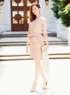 大人っぽさの中にもかわいさが漂うピンクドレス | ファッション コーディネート | with online on ウーマンエキサイト