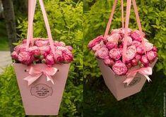 Купить или заказать Бокс под цветы 'Трапеция' в интернет-магазине на Ярмарке Мастеров. Красивый бокс для цветов поможет превратить обычный букет в произведение искусства. Изготовлю на заказ подарочные коробочки любого размера и дизайна: для фотографов, для мастериц Hand Made, под украшения, под сладости, под подарочные сертификаты и просто под подарки. Красивая упаковка – это не только достойное украшение того или иного изделия, это надежное средство для того, чтобы подготовить красив...