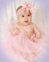 Awsome site....and super cheap! Get tutus, headbands, flowers, wings, beads for dress up, neck ties for boys and much more!!