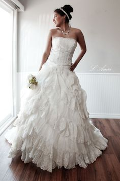 Yesenia-Full Rose Lace Ball Wedding Bridal Gown. Sample by LAmei