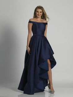 Fun and flirty high low prom dress by Dave and Johnny is made in a stunning shade of navy and showcases off the shoulder cap sleeves, a cinched wa. Gala Dresses, Dressy Dresses, Satin Dresses, Cute Dresses, Short Dresses, High Low Gown, High Low Prom Dresses, Affordable Prom Dresses, Classy Evening Gowns