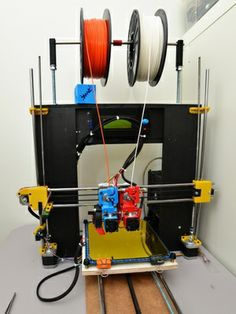 dual extruder prusa i3 setup  #3dscanner  Please join our Sociable chat and have another look at our website for specials on 3d rapid prototyping and enjoy our coaching articles. http://www.3d-printing-sa.co.za/collections/3d-printers
