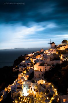 Photograph Cloudy sunset at Oia (Santorini) by Dimitris  Damien  on 500px