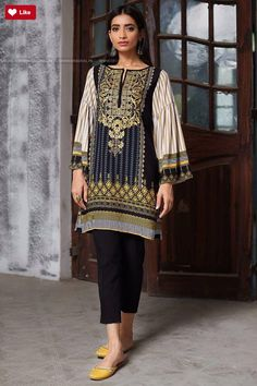 Khaadi LI17603 Winter Volume 2 2017 #Khaadi #KhaadiLI17603 #KhaadiWinter Volume 2 #Khaadi2017 #Khaadifashion #womenfashion's #fashion #lasdiesfashion #style #fashion #womenfashion Whatsapp: 00923452355358 Website: www.original.pk