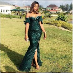 13 Green Aso-ebi Lace Styles To Spark up Your Look for Your October Events. - Last Trendy Nigerian Lace Styles, Aso Ebi Lace Styles, Nigerian Dress, African Lace Styles, Lace Gown Styles, Ankara Gown Styles, Ankara Gowns, Ankara Dress, Kente Styles