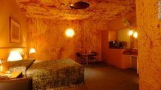 Che ne dite di un #viaggio in #Australia e di dormire in un'#hotel scavato nella #roccia?
