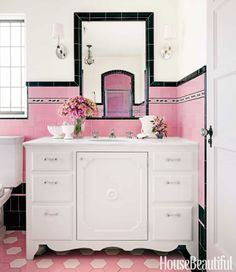 Porcher's Mesa sink is paired with THG faucets. Vintage French sconces from Dispela Antiques.