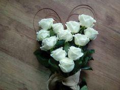 Be my valentine bouquet :) Valentine Bouquet, Be My Valentine, Floral Wreath, Wreaths, Flowers, Home Decor, Floral Crown, Decoration Home, Door Wreaths