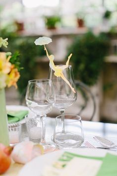 die cut drink tag / place card / Carmen and Ingo Photography